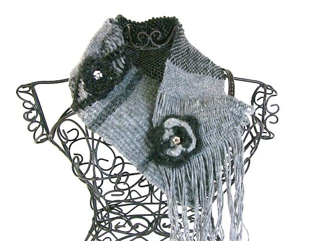 sciarpa lavorata al telaio 1
